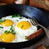 Pečena jaja deluju na krvni pritisak