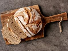 Pet mitova o hlebu